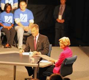 Elizabeth Warren and Scott Brown at Oct 1 debate
