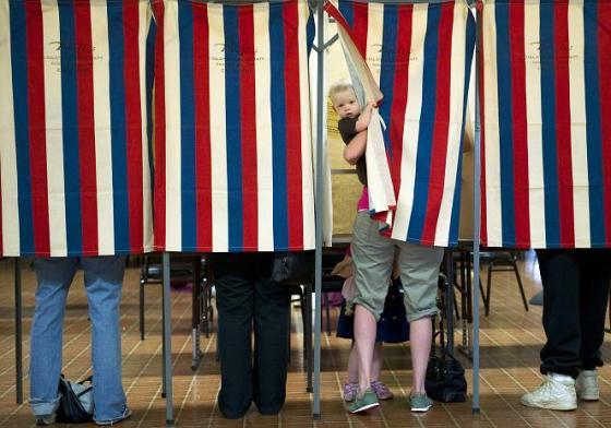 US-VOTE-2012-PRIMARIES-VOTING